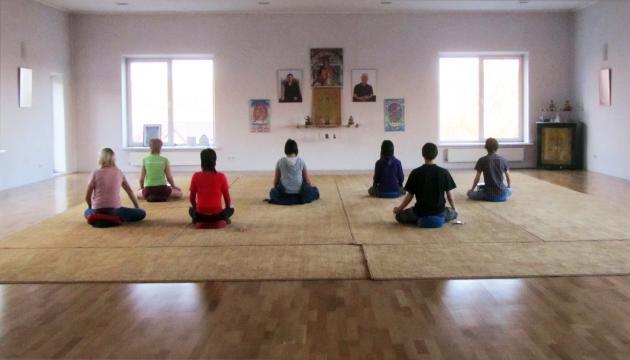 Медитация в гомпе Иркутского буддийского центра